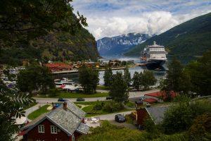 Flam Cruise Ship